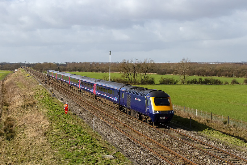 26th Feb 14:  Passing the crossovers at Bourton is 43177 at the helm of 1L52 the 10.28 from Swansea to Paddington