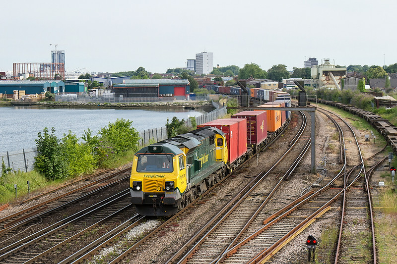 2nd Jul 14:  Returning to the north 70014 is on the point of 4M98 from Southampton to Garston.  Captured nearing St Denys
