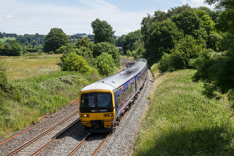 25th Jun14  Not quite the 'Cornish Riviera' even though it left Padddington at 10.30, 1Z32 is going to Castle Cary with campers for the Glastonbury Fstival