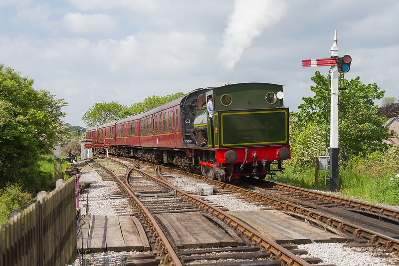 31st May 14:  Beatics has run round and is now coming back to Embsay station