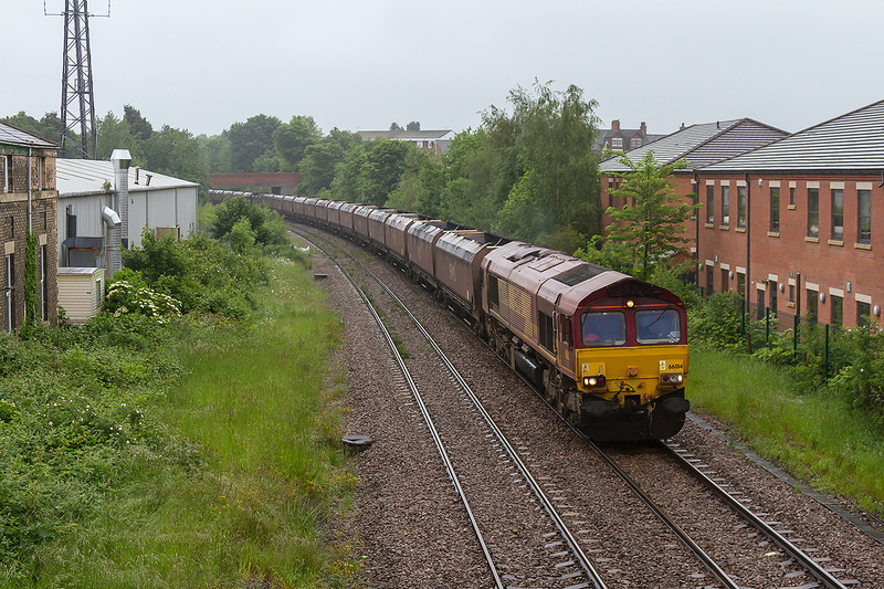 29th May 14:  66014 with 4R17 Cottam Power Station to Immingham at Thrumpton
