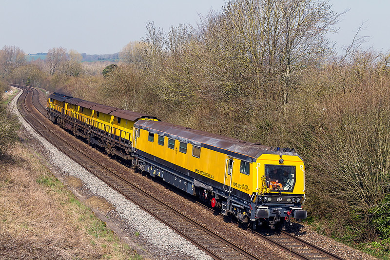 9th Ap r 2015:  Speno Rail Grinder DR79226 runs through Sherrington on it's way from Bristol Kingsland Road to Eastleigh