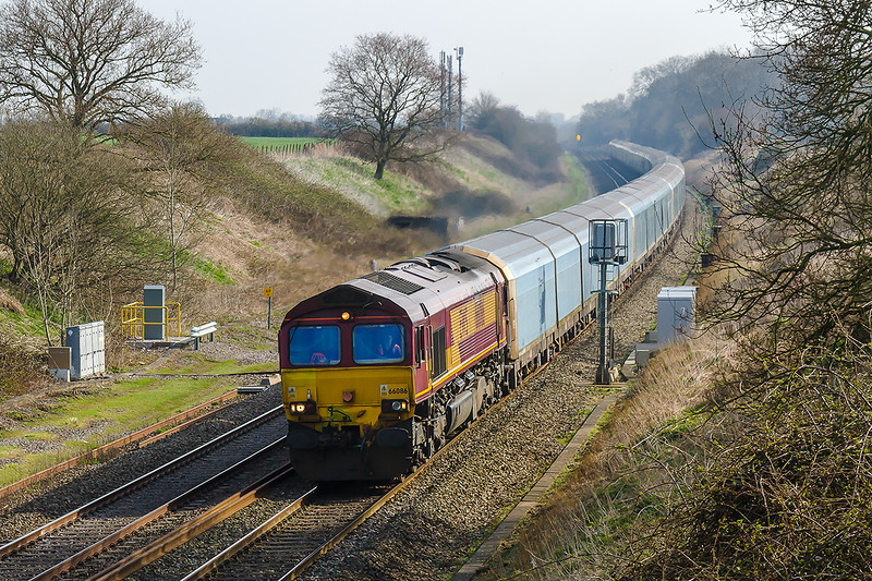 8th Apr 2015;  Down the grade through Compton Beauchamp trots 66086 on the point of 4O40 from Cowley MAT to Southampton  Eastern Docks