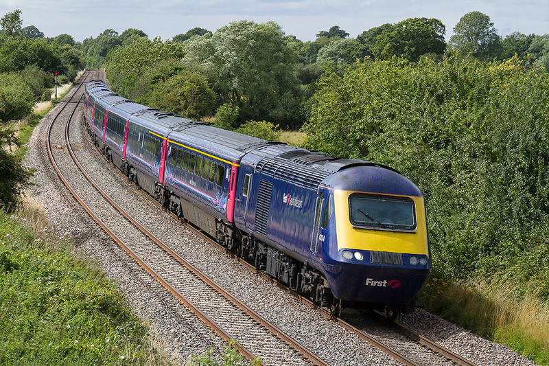 3rd July 2015:  43134 and 43132 are forming 1A85 the 10.47 Penzance to Paddington at Great Cheverell