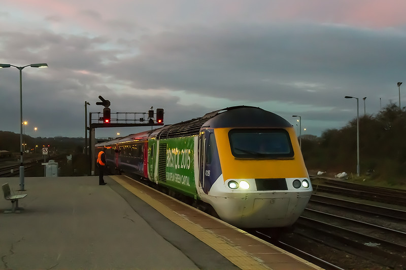 10th Dec 2015:  At 07.46 43126 arriving at Westbury with 1A75 the 05.30 Plymouth to Paddington.  1/160 @ f5.6  iso 6400.
