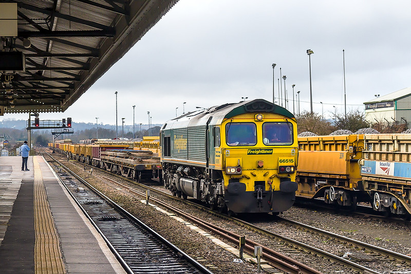 14th Feb 2015:  66515 has just arrived with 6Y60 from Cogload to Westbury.   Having been uncoupled the loco has moved forward and is now waiting for further instructions !