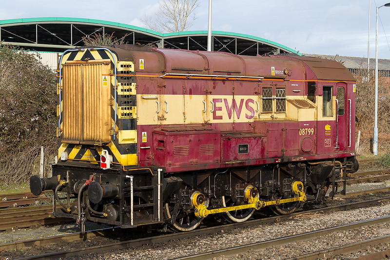 27th Jan 2015:  08799 'Fred' is still the Westbury resident shunter.