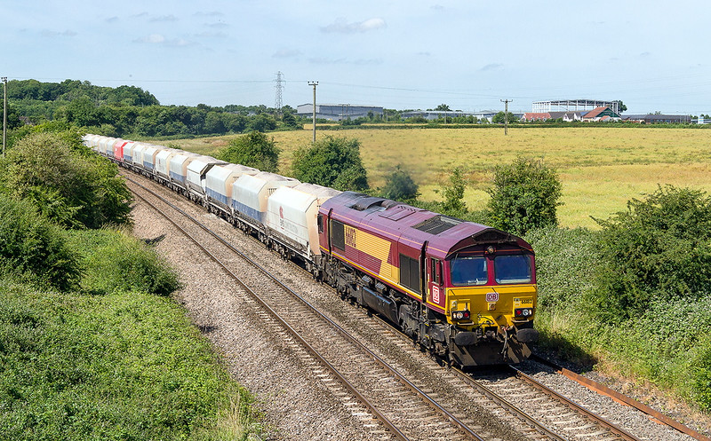 3rd Jul 2015:  DB branded 6182 having worked to Whatley Quarry a little earlier is now captured at Berkley working 6M20 to St Pancras \churchyard Sidings
