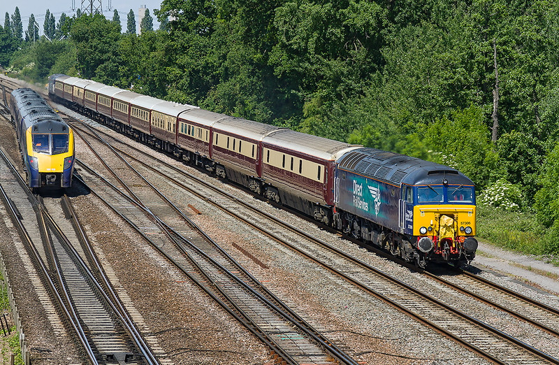 18th Jun 2015:  With 57306 on the front the Belmond 'Norther Belle' special to the Ascot races from Manchester Victoria leaving Didcot.  57310 will be leading on the return to the Noth  180106 is forming 1W29 the 11.20 to Great Malvern to Paddington