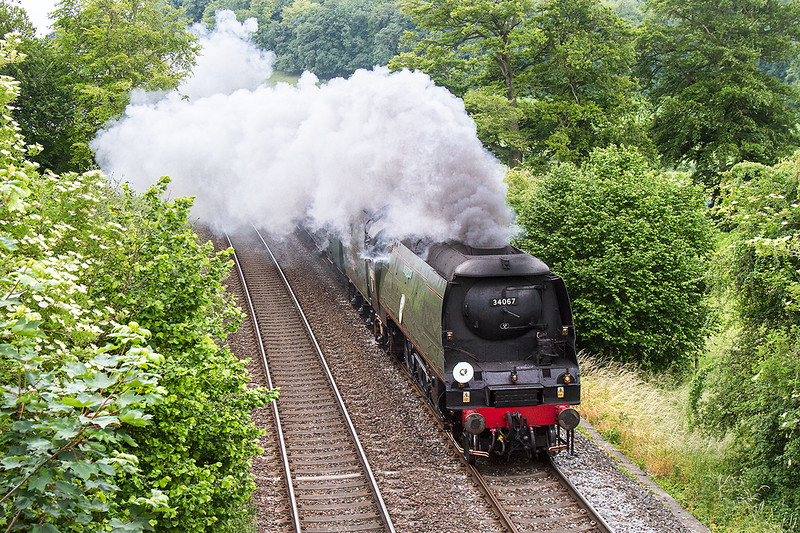 20th Jun 2015:  My chosen new location was no good and with too many people at Bapton I chose Sherrington as a last resort.  Perhaps I should have gone to Heywood in the first place, at least it would have saved 30 miles worth od fuel.  34067 on 1Z82 'The Welshman' tour from Poole to Cardiff
