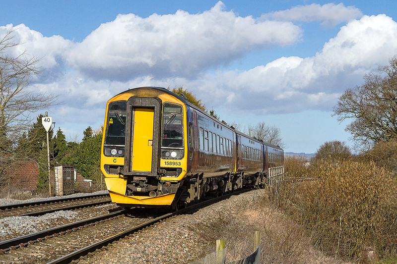 2nd Mar 2015:  Climbing the hill through Dilton Marsh is 158953 with 21F09 the 09.30 from Cardiff to Portsmouth Harbour.
