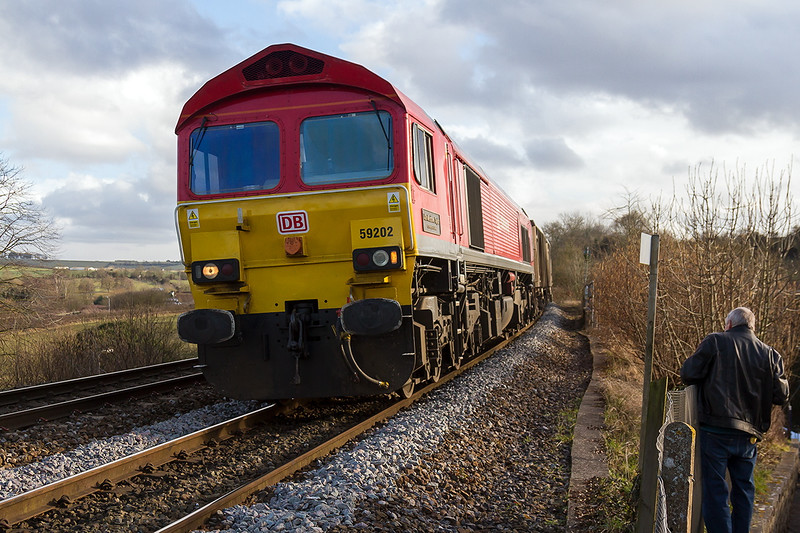 2nd Mar 2015:   59202 at Dilton Marsh with 6V08 the returning empties from Chichester to Merehead