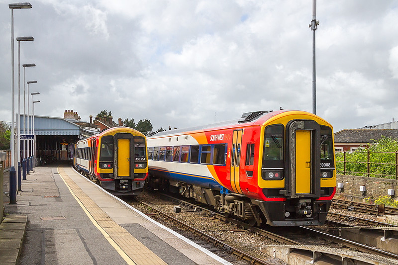 5th May 2015:  Entering Salisbury is 159008  the rear unit on1L33 the12.20 Waterloo to Exeter.  Here it will detatch and form 1V33 the 13.52 to Bristol Temple Meads.  On the left in Platform 1 is 159104 with 2R50 the13.50 to Southampton