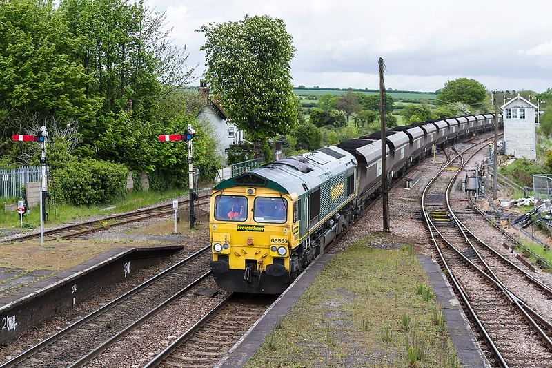 20th May 2015:  6M16 powered by 66563 at Barnetby with ccoal for Ratcliffe Power Station from Immingham