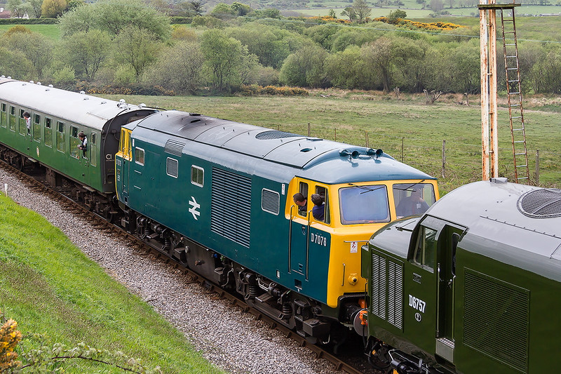 8th May 2015:  Bayer Peacock Hymek D7076 unfortunately developed a problem with a Cardon Shaft bearing and could not run again on Friday.  At Corfe Common it is pictured on it's way back to Swanage to assess the problem