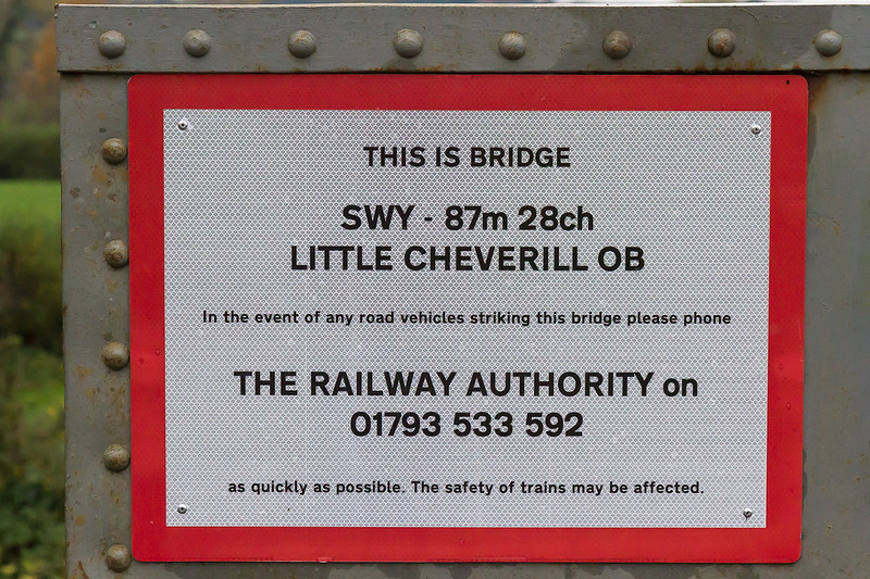 4th Nov 2015:  Nice useful sign but typical of NotworkFail the village name is miss spelt it should be 'Cheverell',  The bridge on Cheverell Road is actually much closer to Great Cheverell than it is to Little Cheverell