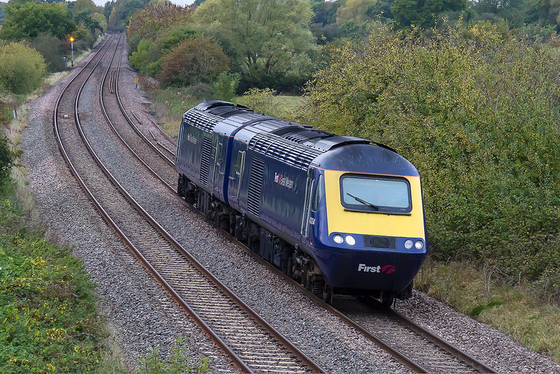 19th Oct 2015:  43134 & 43019 are working as 0Z70 from Laira T & RSMD to Old Oak Common HSTD through Great Cheverell