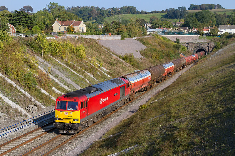 2nd Oct 2015:  Leaving the tunnel at Chipping Sodbury is 60024 working 3B33 empty oil tanks from Theale to Robeston