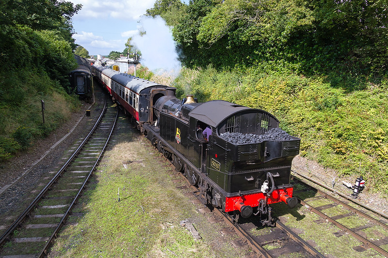 8th Sep 2015:  4247 leaving Bodmin General for Bodmin Parkway on the GWR Main LIne
