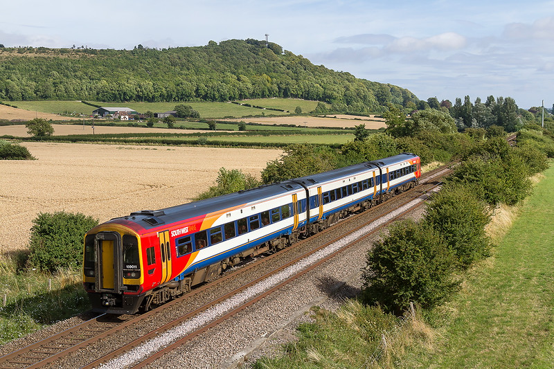 11th Aug 2016:  159011 is heading to Waterloo with1O60 the 15.51 from Bristol Temple Meadas