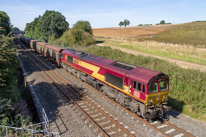 15th Aug 2016:  Just missing the shadows at Kings Sutton thanks to my Canon 17-85 EFS is 66134 and 6O42  from Halewood Jaguar to Southampton Eastern Docks