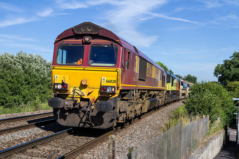 23rd August 2016:  The morning Westbury to Eastleigh departmental (6O41) at Dilton Marsh.  Unexpectedly Colas 66848 was tucked inside
