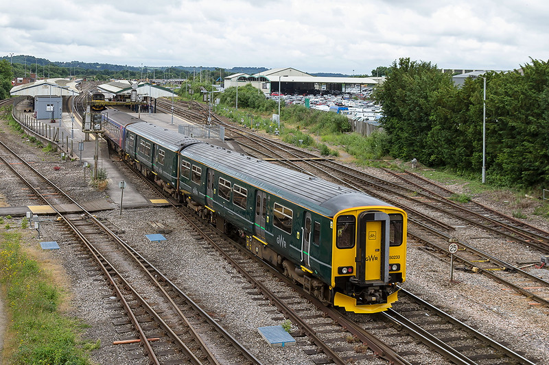 26th Jun 2016:  150233 in the new GWR 'sludge' livery runs into Westbury Station ready to form 2F11 the 11.24 to Frome