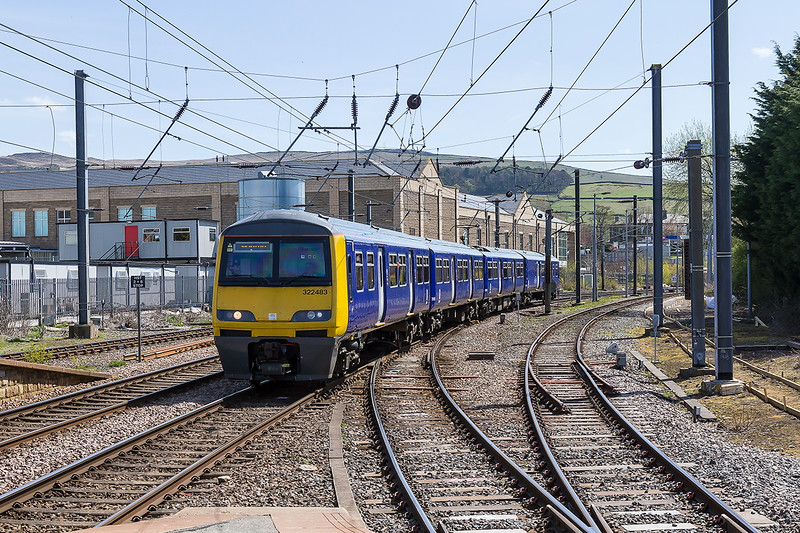 3rd May 2016:  Arriving at Skipton os 522483 with 2S22 the 11.41 from Bradford Forster Square.   The 18 miles to Skipton with 7 intermediate stops is scheduled to take 35 minutes