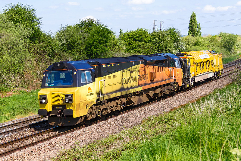 15th May 2016: The 3rd Colas 70 to passthrough Hawkeridge Junctiond sees a very dirty 70808 and a Stone Blower.  6X54 is working from the Aish Emergency Crossovet to Westbury.  Track relaying at Fairwood forced it to be routed via Bristol