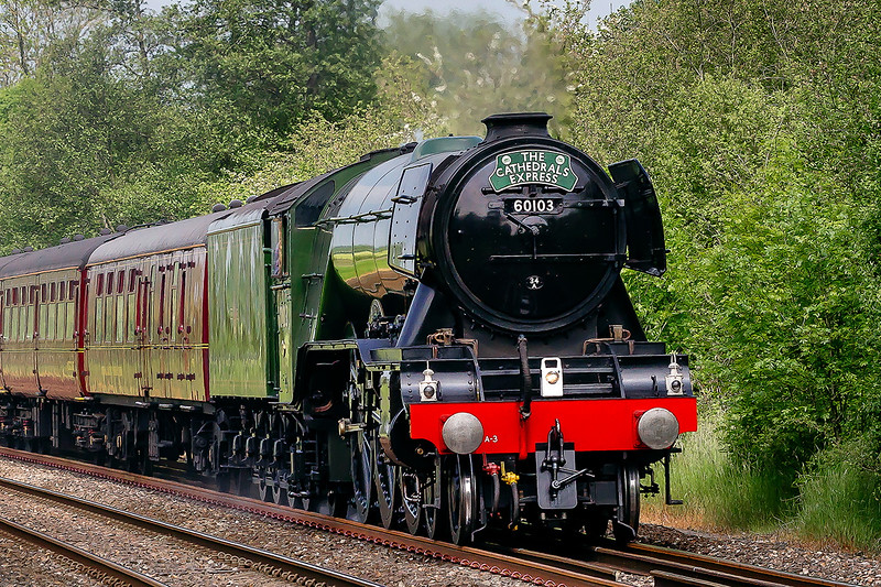 28th May 2016 : Loosing the light at just the right moment rather b......d my shot  so this is about as good as I could rescue.  Flyong Scotsman working 1Z60 from Paddingto to Salisbury at Sherrington Lane,.  Engineering work in Bristol forced the destination change from the West Somerset Railway that was oriiginally planned.