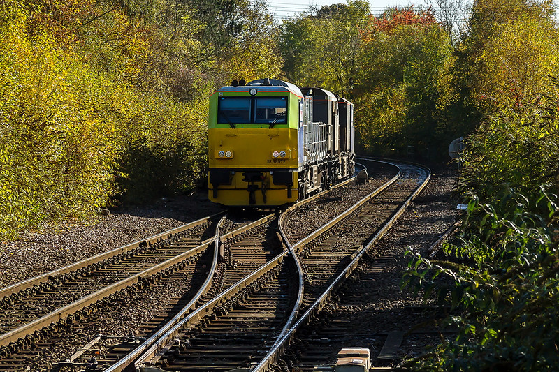 2nd Nov 2016:  South West Trains operated NetworkRail RHTT MPV set DR98972/98922 departing from Warminster on it's way back to Eastleigh