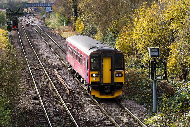 17th Nov 2016:  The Westbury to Swindon shuttle duty is today performed by 153325.  Capturd working 2M08 the 11.47 from Westbury at Hawkeridge