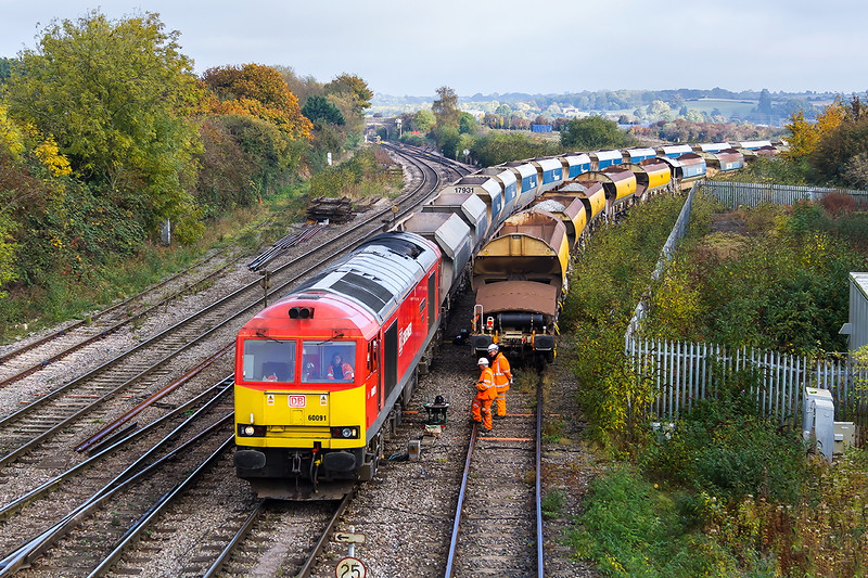 27th Oct 2016:  60091 arriving at Westbury with 7C31 from Theale to Merehead.  This was a regular turn for the old red coal hoppers but they seem to have vanished recently