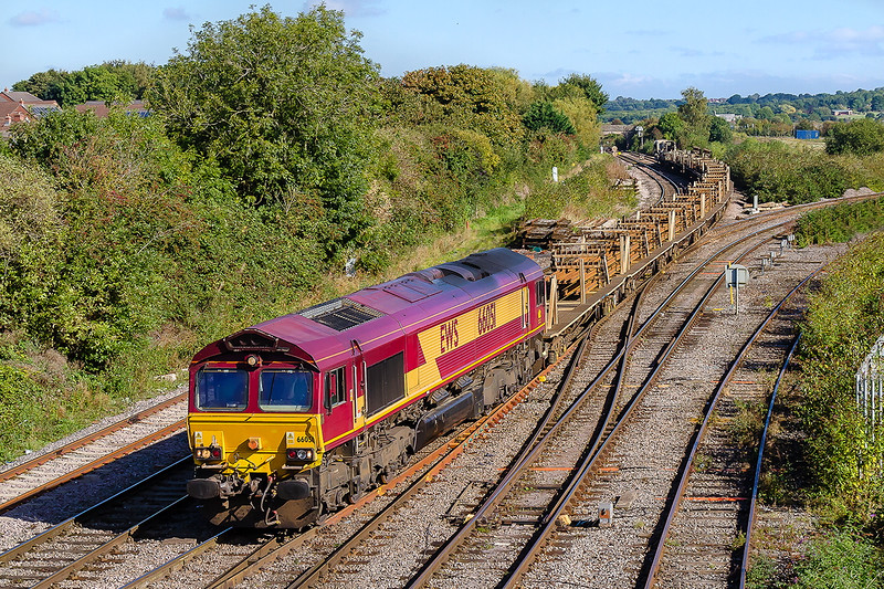 2nd Oct 2016: 66051 brings a Long Welded Rail set back to Westbury from Cardiff.  It will probably  be worked to Eastleigh on the morning Westbury to Eastleigh departmental (6O41)