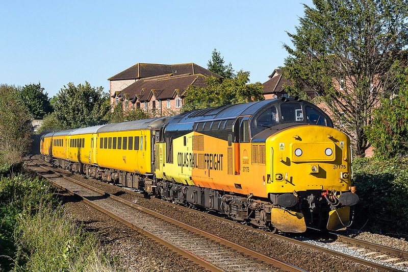 5th Oct 2016:  Thr Colas test train working 1Z78 started from Tyseley at 06.44 and is making for Bristol Temple Meads.  The roundabout route tooke 37175 & 37219<br />  to Duddeson Junction. Evesham, Oxford and Bristol East Depot before a run to Heywood Road Junction and then back to Bristol Temple Meads.  Captured here at it leaves Trowbridge