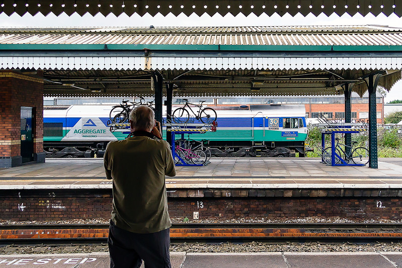1st Sep 2016:  Tom C picturing  some racked bicycles and Paul A Hammond (59004) at Westbury.  The loco is leaving with 7B12 from Merehead to Royal Wootton Bassett.