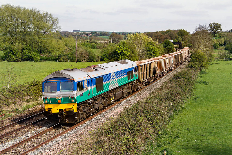 11th Apr 2017:  59002 wortking 7C77 from Acton tto Merehead at Great Cheverell.  This regular working seem to have changed as for many years it was a  Jumbo containing 3 portions but as can be seen there is only one today