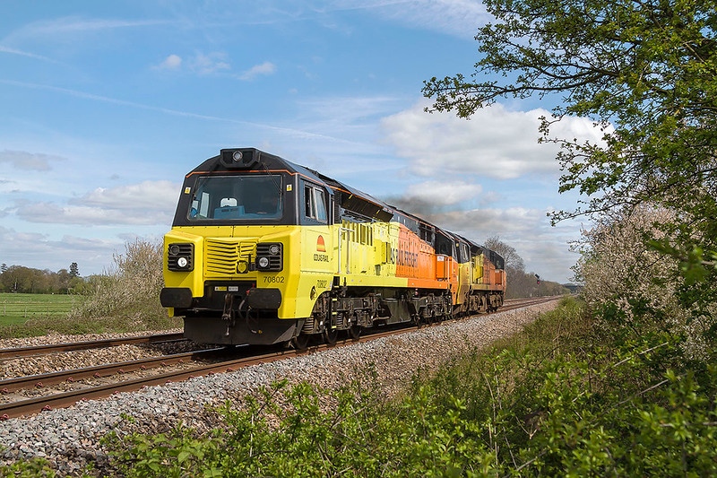 10th Apr 2017:  Totally unexpected as it was not on RTT was a clean 70802 and a very dirty 70806 forming 0F84 ( it was on the signallng diagram) working to Taunton.