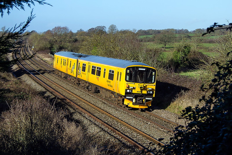 7th Feb 2017:  Network Rail test DMU 960001 now runs back through Great Cheverel as it continues it journey to Derby