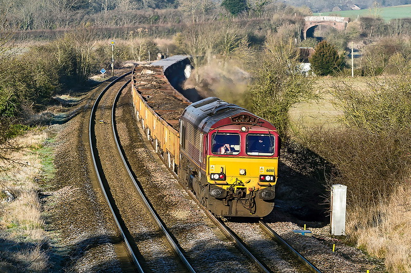 5th Jan 2017:  66161 is tasked with 6O41 the morning depmental from Westbury to Eastleigh and is seen here at Norton Bavant