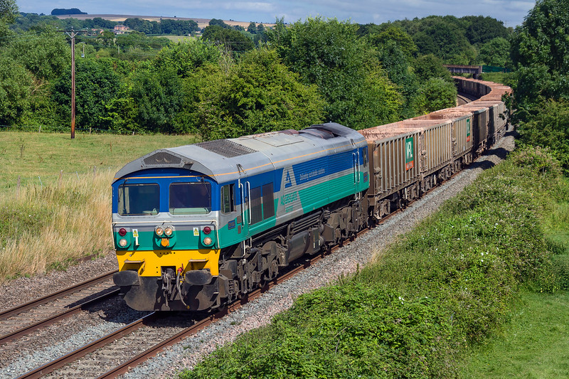 12th Jul 2017:  Today a second afternoon stone empties ran from Acton to Merehead.  59005 is doing the honours and is captured at Great Cheverell
