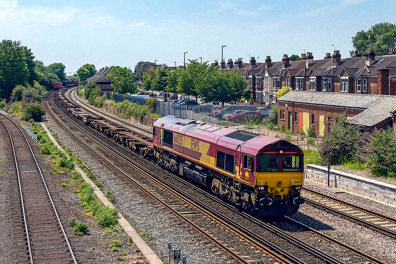 6th Jul 2017:  6B44 brings the Empty Container Flats fron the Western Docks Berth 109 to Eastleigh Yard, today powered by 66035
