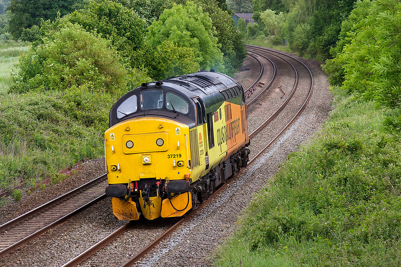 7th Jun 2017:  A picture of a 37 is alway worth the effort I believe .  37219 is out on it's own unfortunately but better than nothing.  0Z37 started from Reading Triangle Sidings and will end at Bristol High Level Siding.  In between it has visited Basingstoke and is heading  for Frome, Blatchbridge Junction and East Somerset Junction
