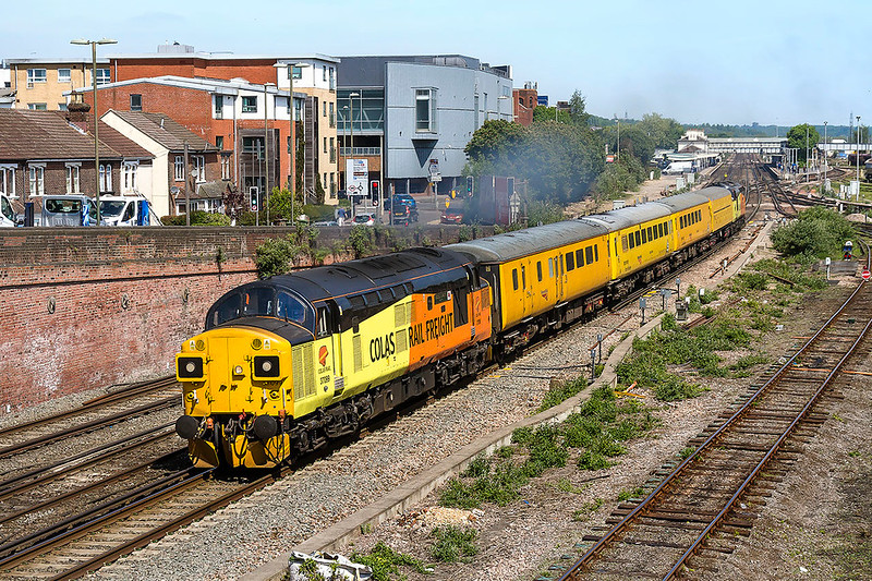 10th May 2017:  Colas 37099 TnT 37254 on 1Q53 the Network Rail test train leave Eastleigh for Southampton Up Yard, here it will reverse and go to Woking