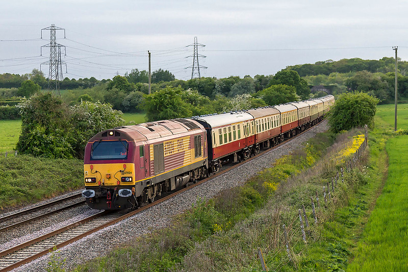 13th May 2017:  Charging through Berkley  is 67024 with 1Z15 the return leg of the 'Toirbay Flyer' from Letchworth to Paignton and the Soutyh Devon Railway