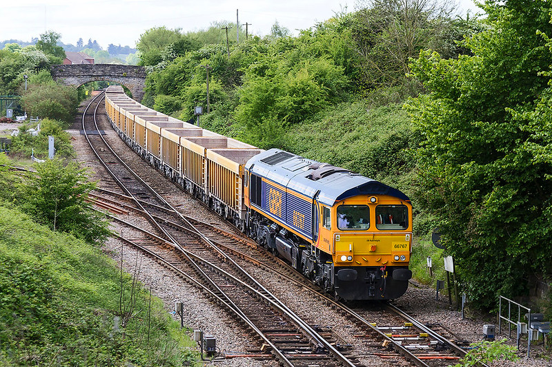 2nd May 2017:  Today is the first time that 66767 has been rosterd to work 6M40 from Westbury to Stud Farm to get a top up for the Virtual Quarry.  The location is Hawkeridge Junction