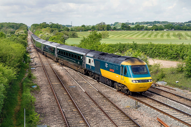 13th May 2017:  1Z66 is the special from Paddington to Minehead for the Deisel Gala.  Earlier during the week a green set had been running  with Swallow Inter City branded 43185 on on one end and 43002 Sir Kenneth Grange at the other presumably in preparation for the Gals.  It was therefore a bit of a dissapointment to find 43093 on the point as it nears Fairwood Junction.  Still I at least the pioneer 43 will be on the fron for the return to Paddington