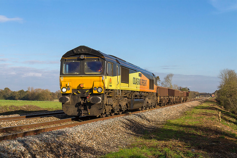 2nd Nov 2017:  6Z66 started from Tavistock Junction at 09.00 powered by 6649 'Wylam Dilly' and is making for Plymouth Ground Signal 132 via Bristol and Westbury.  It was running 11 minutes early when it left Westbury.  I would be interested to know why 6 old loaded wagons would be taken on such a journey ? I now believe it was for driver training for when they take over the  DBC RHTT duty in the West of England