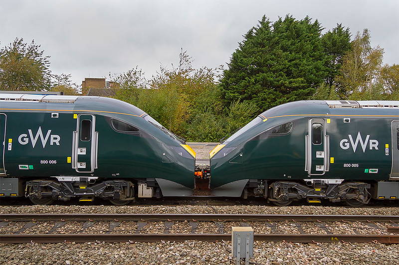 23rd Oct 2017:  The 11.30 from Bristol Temple Meads to Paddington,  1A15, is formed of two IET sets. 800005 & 800006.  If 10 cars are required why not just use 8 trailersand two ends.  It would make it much easier for crew and passengers tomove about the train. Perhaps I am missing something!