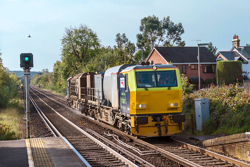16th Oct 2017:  A chance visit to Bagshot station and I was greeted with a 'Stand clear the next train is not scheduled to stop' and low and behold and RHTT MPV hove into view heading towards Ascot.  DR 98979 is presumably on an Effingham Junction working but I could  find no trace of it on RTT. so I have no idea of the working details.  I then went to Amen Corner in Bracknell and to my complete surprise the same MPV passed making for Reading.  Again nothing in RHTT
